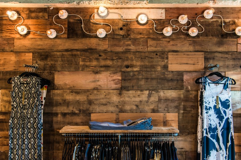 4-atmosfere-remodel-great-northern-builders-lighting-product-wall